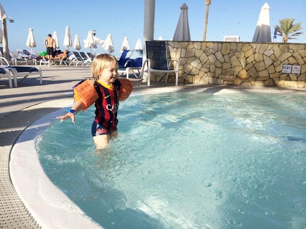 pool, barnpool, hotell, familj, barn, kanarieöarna