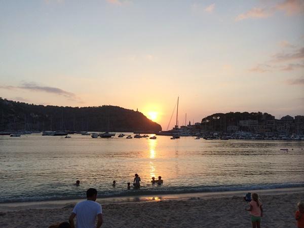 solnedgång, puerto de soller,